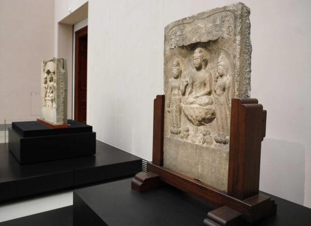 中國-武則天時期石雕像-3