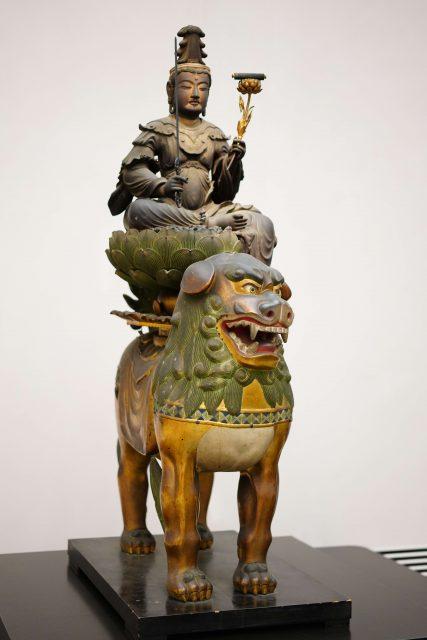 1_文殊菩薩騎獅像 2